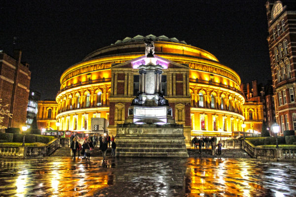 The Albert Hall at night. Image by Zoe Toseland.