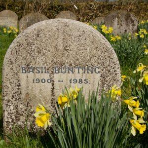 Bunting-headstone