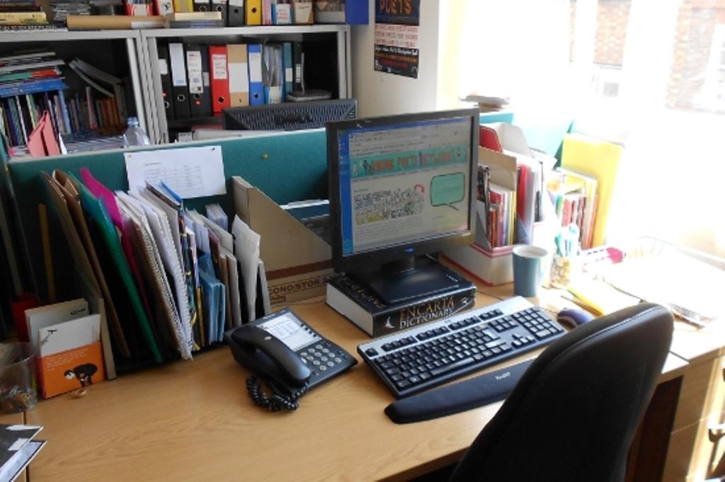 Internship-Desk