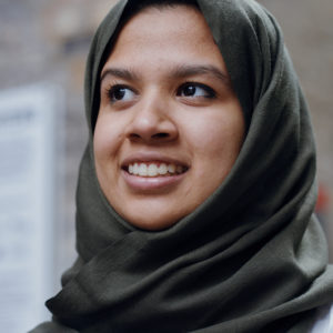 Photo of Fathima Zahra looking to the left in her hijab