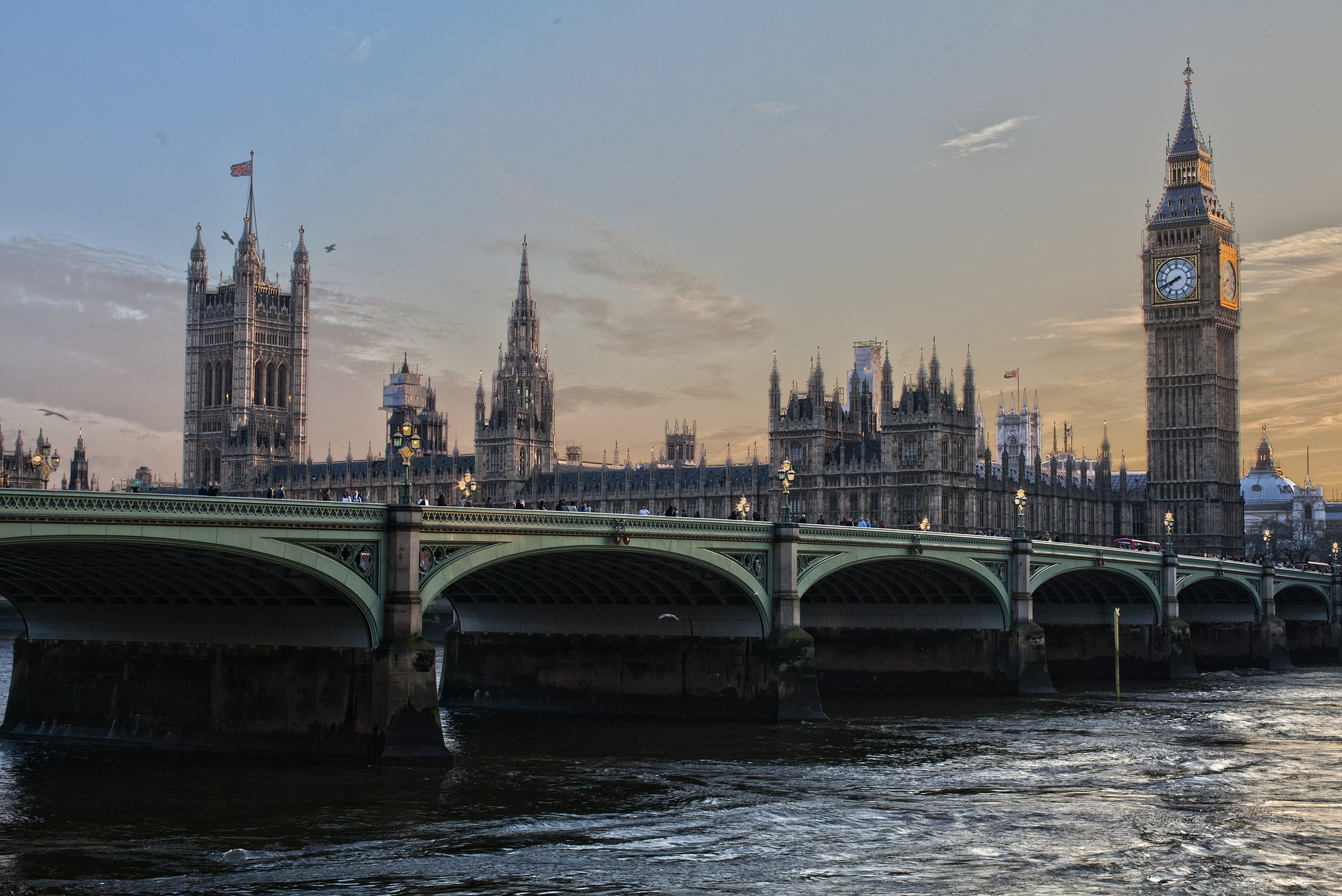 Photo of Westminster bridge and the Houses of Parliament